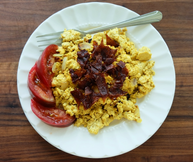 1606w-rice-paper-bacon-tofu-scramble.jpg